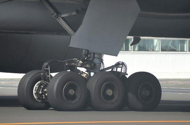 Boeing777の脚