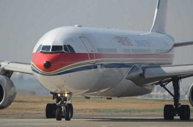 中国東方航空 A330 4