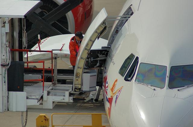 ヴァージン A340 8