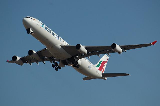 スリランカ航空 A340 2