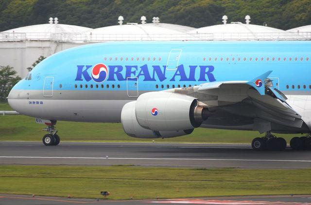 KE A380 Landing 4