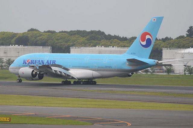 KE A380 Landing 5