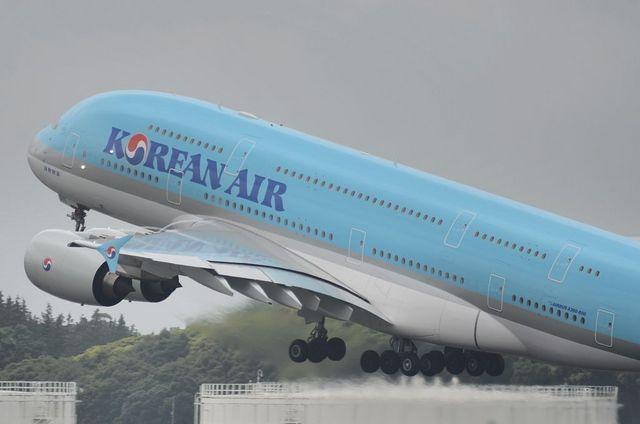 KE A380 Take Off 7