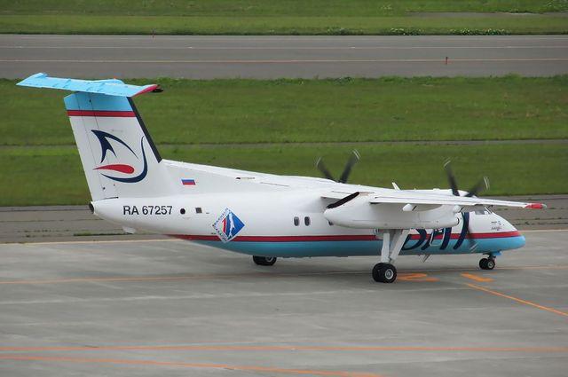 サハリン航空DHC-8-200 3