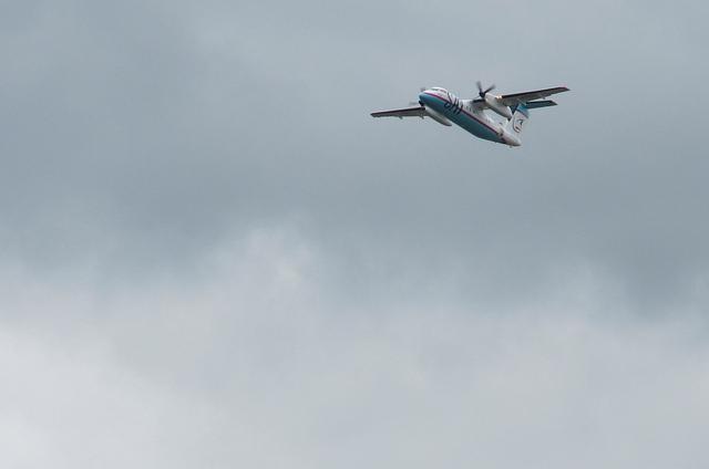 サハリン航空DHC-8-200 4
