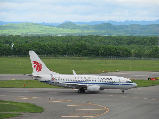 中国国際航空 B737-700