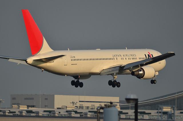 JAL B767 4