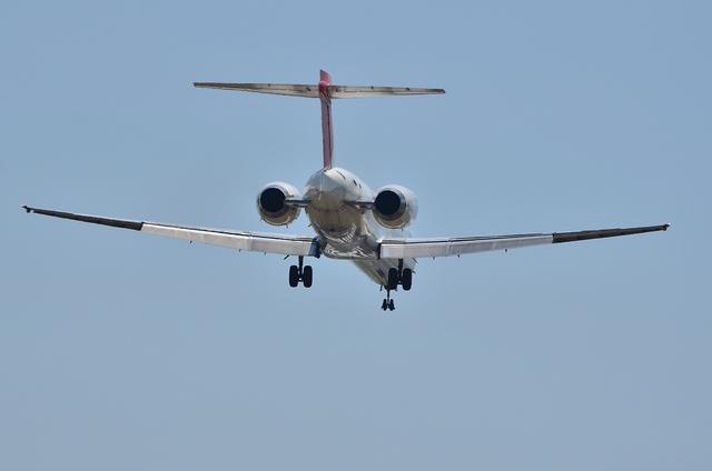 JAL MD-90 8