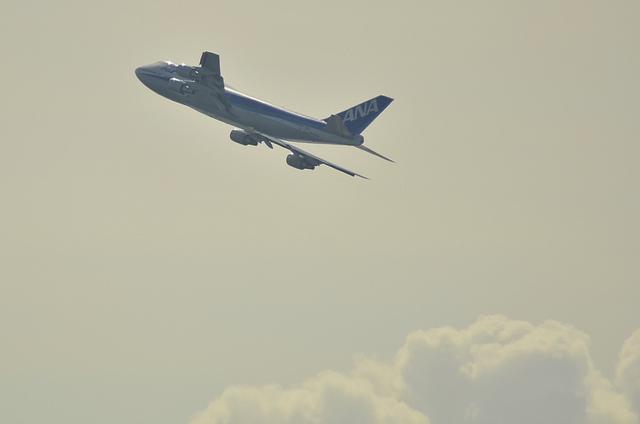 ANA Boeing747 RWY05 TakeOff
