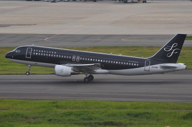 SFJ A320 Take Off 3