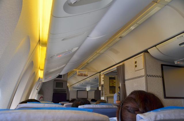 ANA863便機内