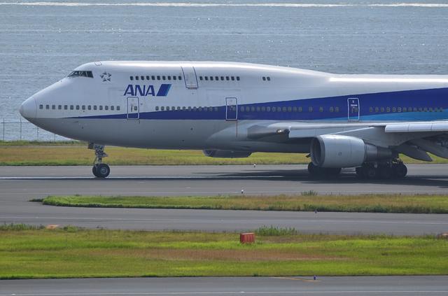 ANA B744 2