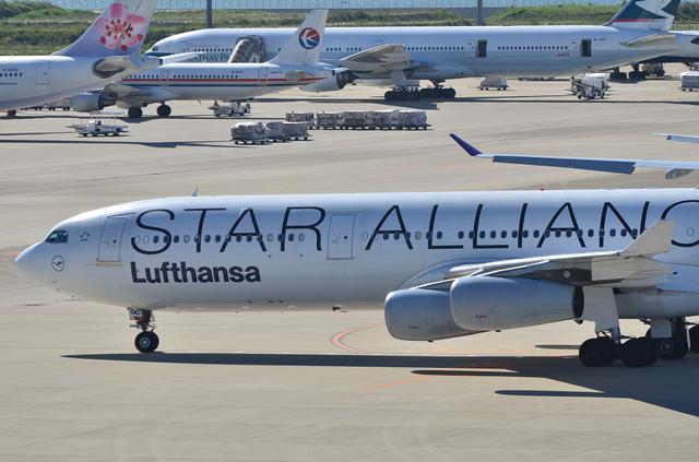 LH A340 13
