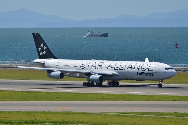 LH A340 16