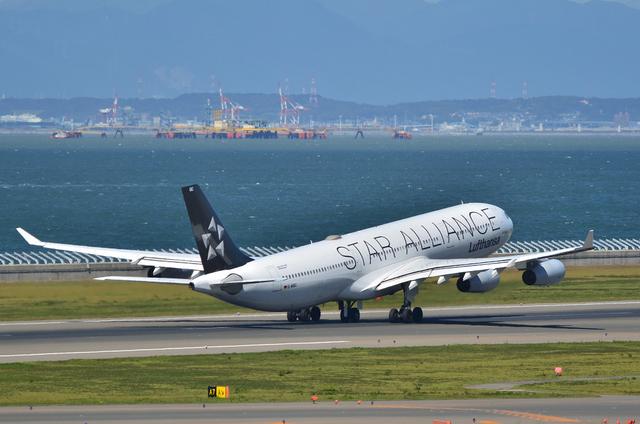 LH A340 19
