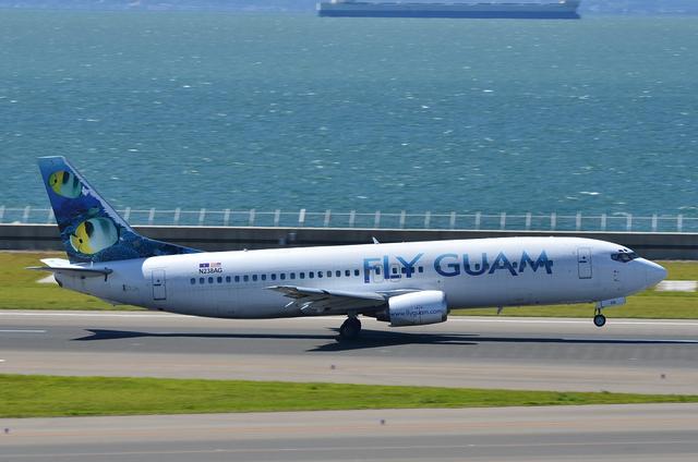 Guam B737 13