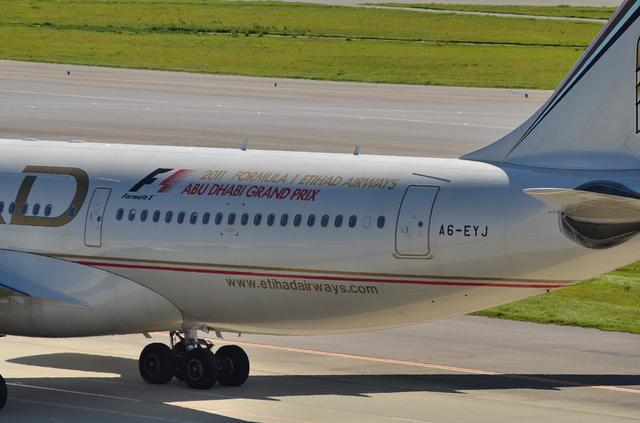 ETIHAD A330 10