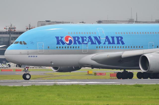 KE A380 LDG 5