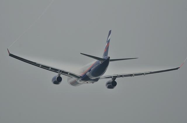 SU A330 6