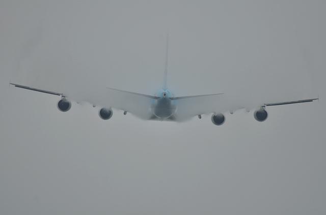 KE A380 TO 8