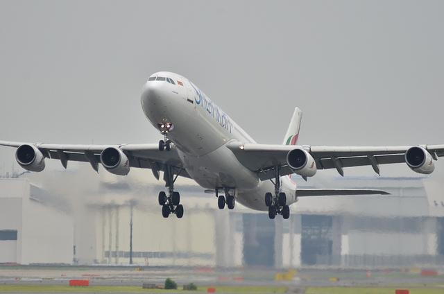 UL A340 2