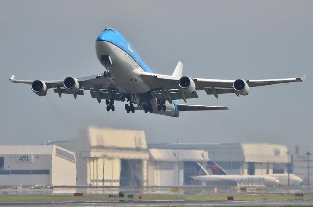 KLM B744 2