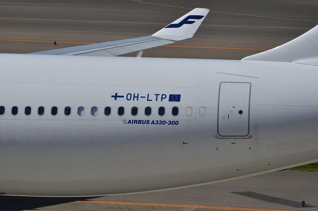FINNAIR A330 8