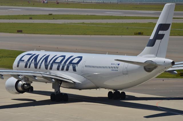 FINNAIR A330 11