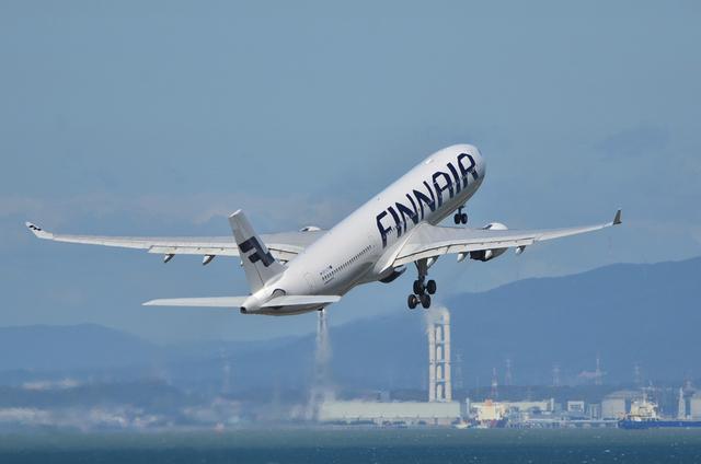 FINNAIR A330 15