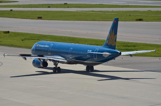 VN A321 8
