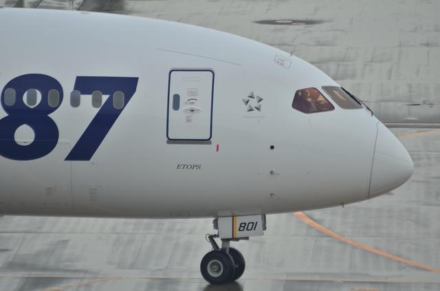 B787 7