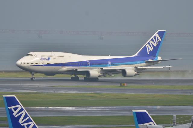 ANA B747 10