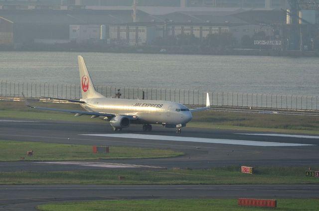 JAL B737 3