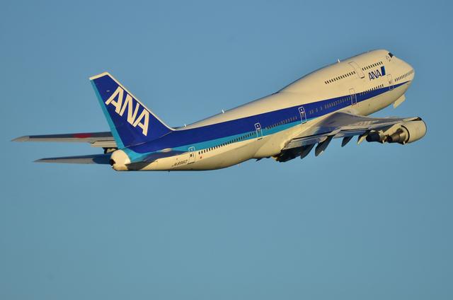 ANA B747 5
