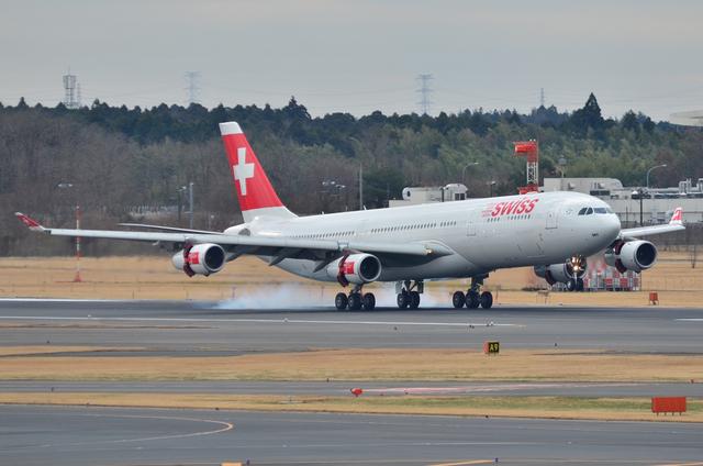 スイス航空 A340