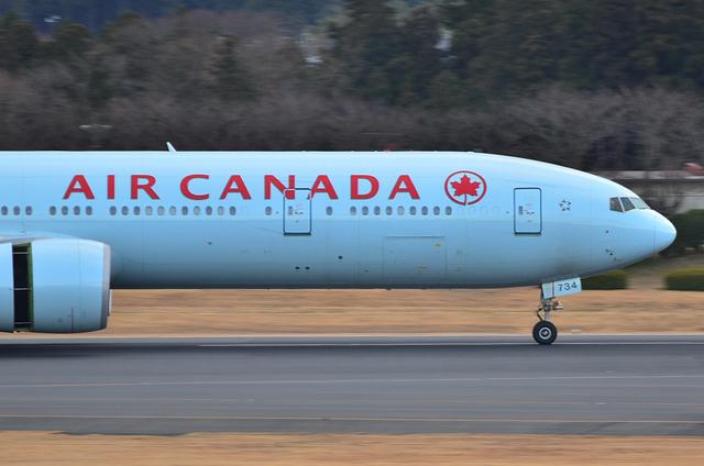 エア・カナダ B777 2