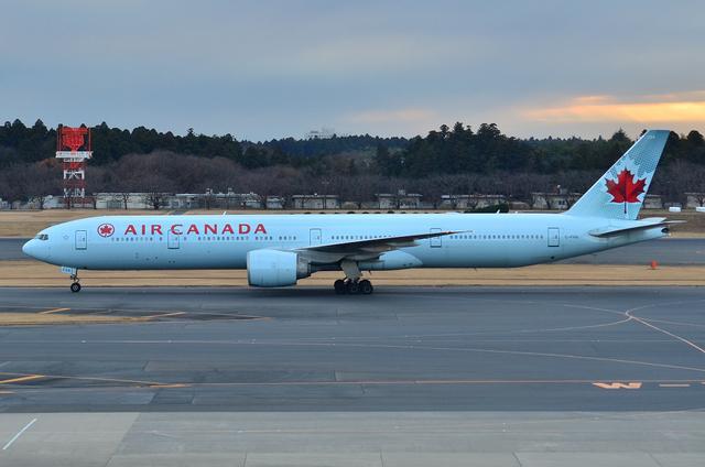 エア・カナダ B777 5