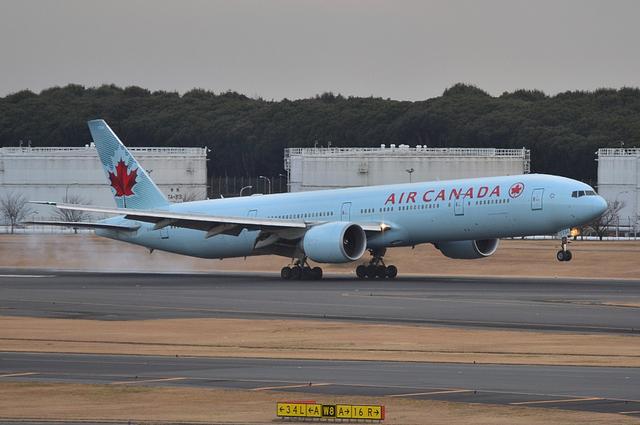 エア・カナダ B777 1
