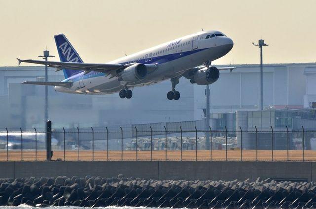 ANA A320 RWY34R Take Off