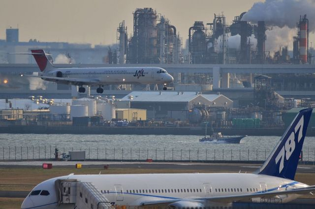 787とJALのMD90
