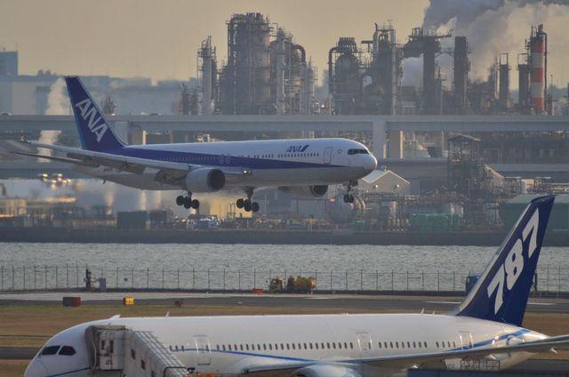 787とANAのB767