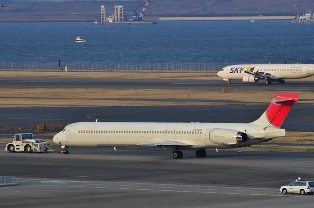 JAL MD90 4