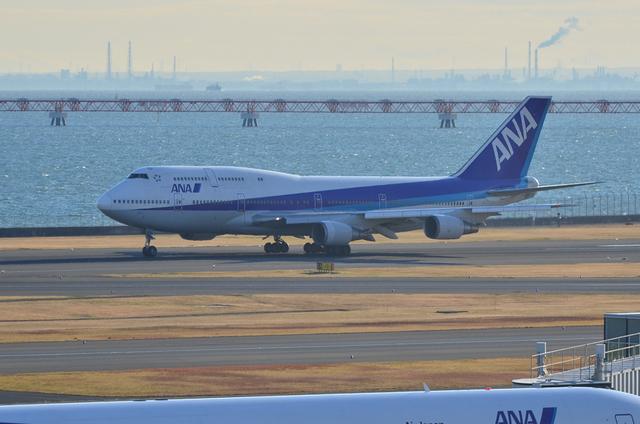 ANA B747 3