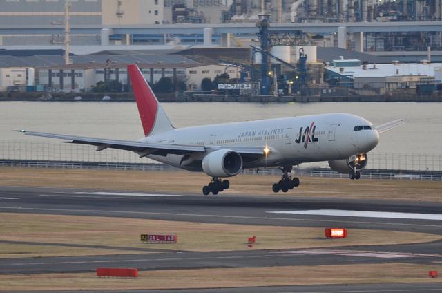 JAL B777 2