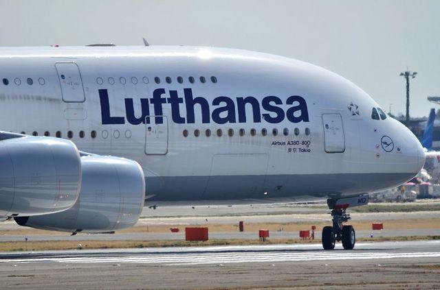 LH A380 1