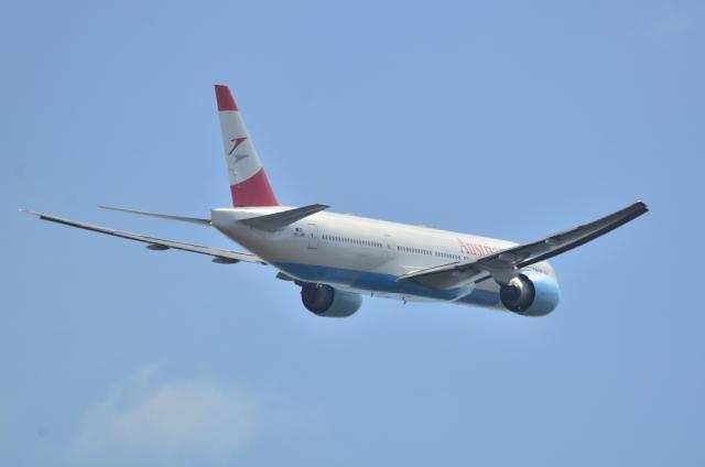オーストリア航空 B777 6