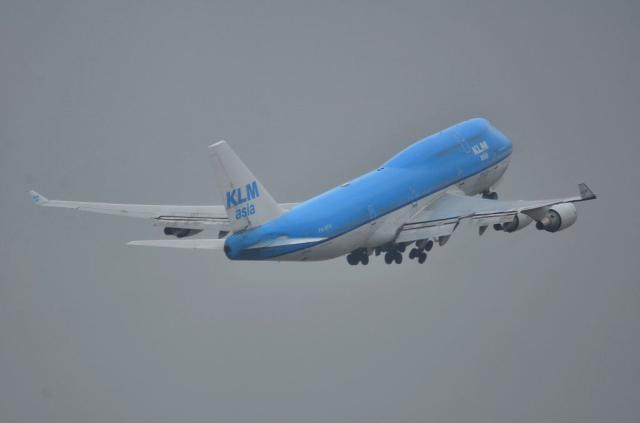 KLM B744 11