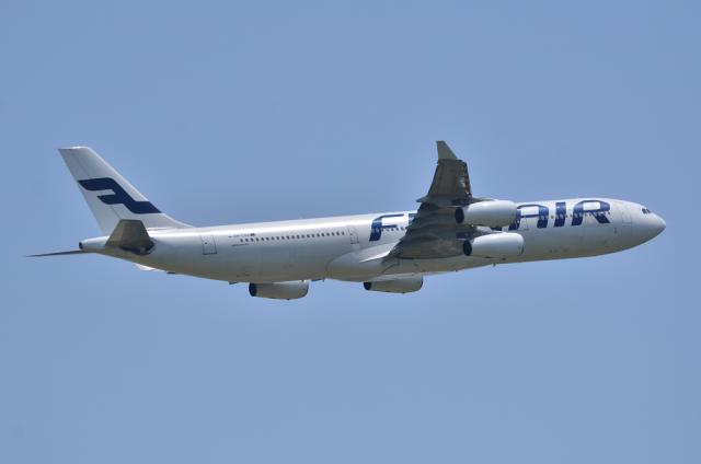 FINNAIR A340 3