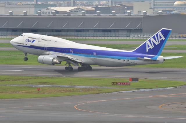 ANA B747 4