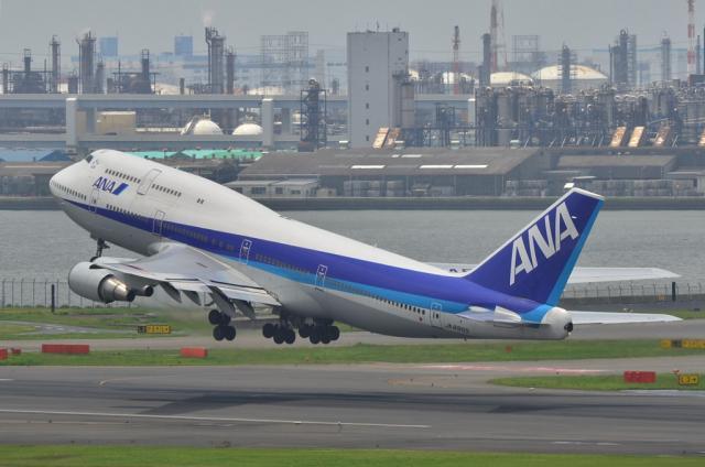 ANA B747 6